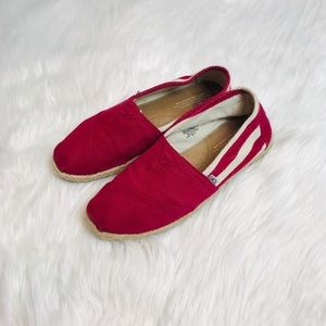 {TOMS} Classic Red Striped university